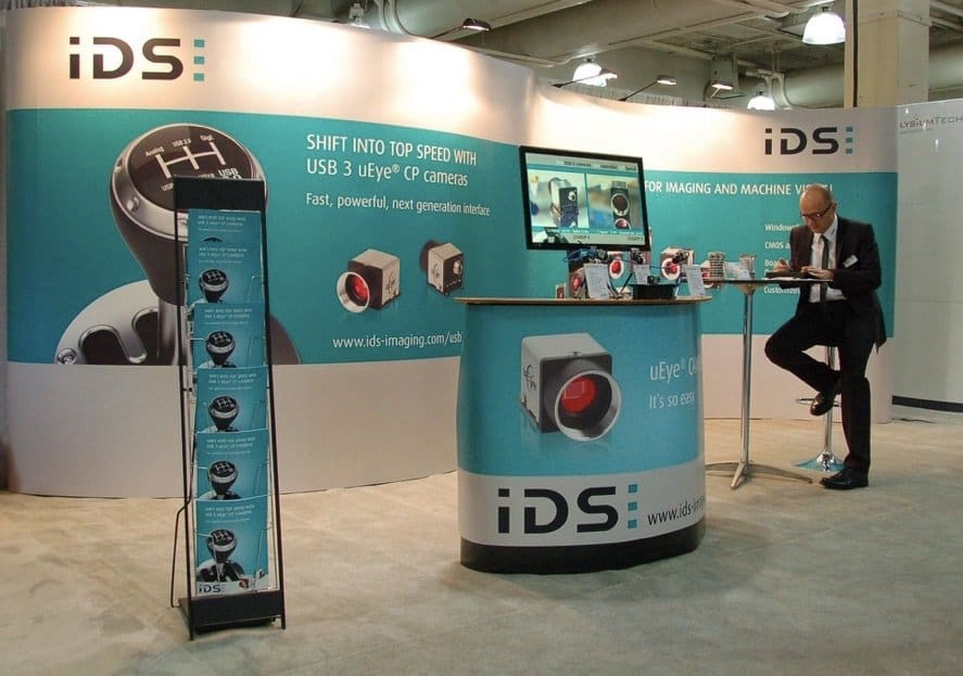 IDS_Serpentine_Booth